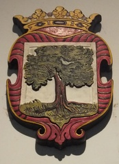 Coat of arms of Colombo from the Dutch Ceylon era, depicting a mango tree.