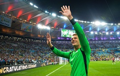 Neuer celebrating after Germany's 1–0 victory over Argentina in the FIFA World Cup Final.