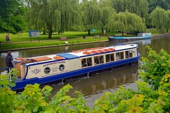 The river is also used by tour boats; Statford-Upon-Avon
