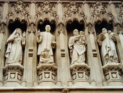 From the Gallery of 20th Century Martyrs at Westminster Abbey—l. to r. Mother Elizabeth of Russia, Rev. Martin Luther King, Archbishop Óscar Romero and Pastor Dietrich Bonhoeffer