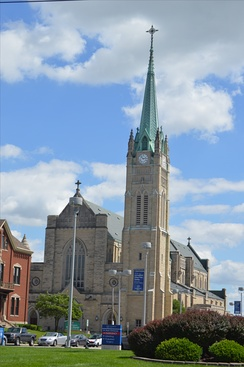 Roman Catholic Cathedral of Saint Peter, Belleville
