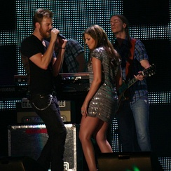 Scott (in silver dress) performing with Lady Antebellum in 2008