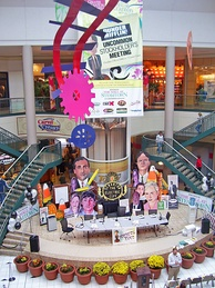 Atrium of the Mall at Steamtown during the inaugural The Office convention