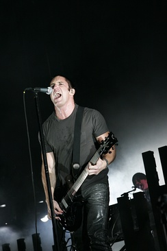 Nine Inch Nails headline Voodoo 2005