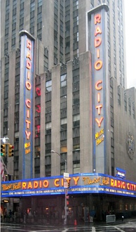 The band's 1975 performance at Radio City Music Hall (shown 2003) was only one-eighth filled