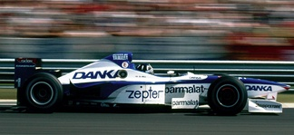 Damon Hill led most of the race in the Arrows Yamaha