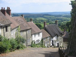 Gold Hill, Shaftesbury in the English county of Dorset where Scott filmed the 1973 Hovis television commercial