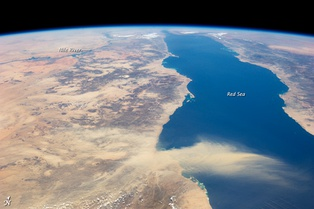 Annotated view of the Nile and Red Sea, with a dust storm[23]