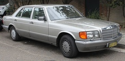 Facelift Mercedes-Benz 560 SEL (V126)