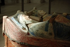 Tomb effigies of Eleanor and Henry II at Fontevraud Abbey