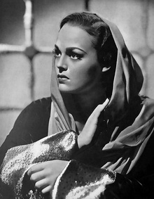 Katherine DeMille on the cover of Cinegraf.jpg