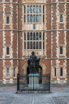 Statue of the founder, Henry VI, in School Yard