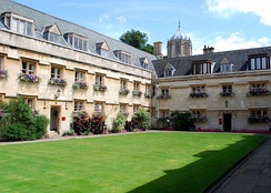 Old Quad, with Tom Tower in the distance