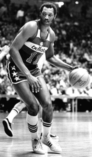 During his nine seasons with the Bullets, Elvin Hayes averaged 21.3 points per game and 12.7 rebounds per game. He led the NBA in rebounding in the 1973–74 season with an average of 18.1 rebounds per game.