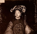 Manchu bride. John Thomson. China, 1871-1872. The Wellcome Collection, London.jpg