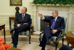 Barkley meets with President George W. Bush in 2002