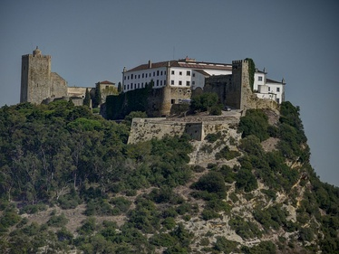 Pousada of Palmela, located in the former castle and headquarters of the Military Order of Saint James of the Sword