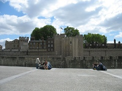 The cobbled surface of Tower Hill to the north of the Tower of London. Over a period of 400 years, 112 people were executed on the hill.[113]