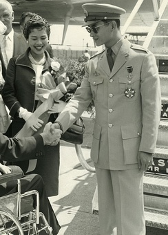 Queen Sirikit and King Bhumibol Adulyadej in 1960