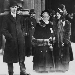 Garrett Anderson with Emmeline Pankhurst on Black Friday, 18 November 1910