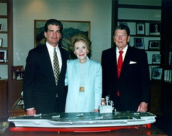 The Reagans with a model of USS Ronald Reagan, May 1996. At left is Newport News Shipbuilding Chairman and CEO Bill Fricks
