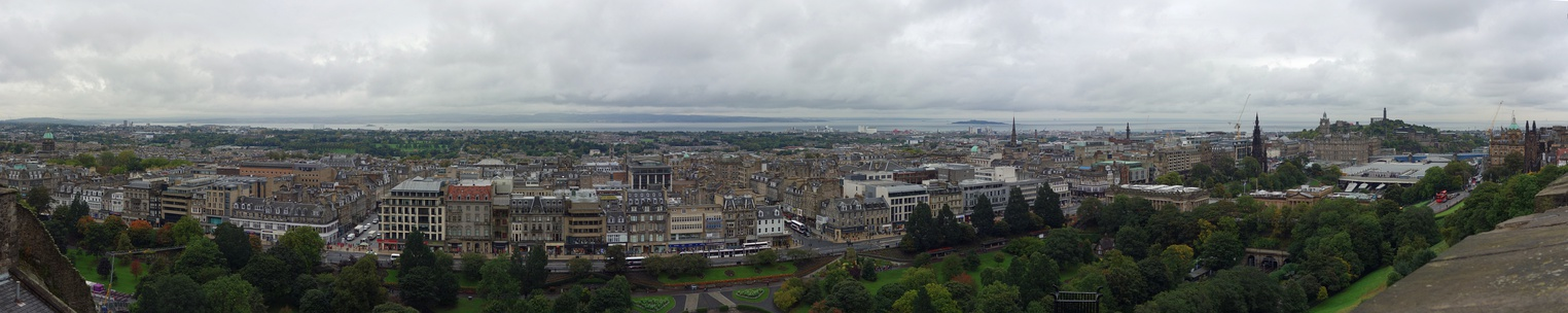 Panorama of Edinburgh from Edinburgh Castle, with the New Town in the centre and Calton Hill to the right