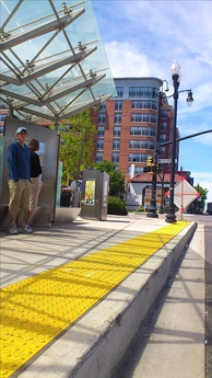A high curb designed for boarding transit vehicles