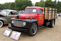 1950 Ford F-6 stake truck