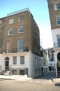 24 Chapel Street, London, where Epstein lived, and later died