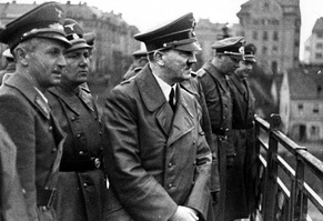 Bormann (behind and to Hitler's right) on the Old Bridge, Maribor, Slovenia. April 1941
