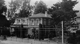 Downey's Los Angeles home, 1888.