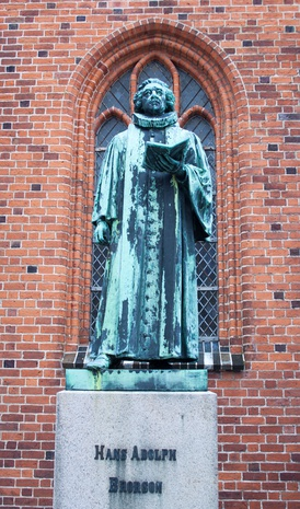 Hans Adolph Brorson  bronze statue at Ribe Cathedral