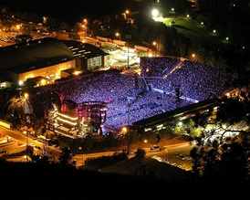 Overhead shot of the Stones concert at Washington–Grizzly Stadium in Montana, October 2006. The Stones have had the highest-grossing concert tour three times[3]