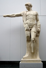 Apollo, West Pediment Olympia. Munich, copy from original, 460 BCE at the Temple of Zeus, Olympia, Greece.