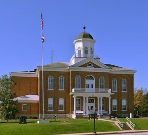 Lincoln County Courthouse in Troy