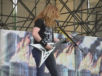 Dave Mustaine on tour promoting United Abominations