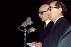 President Anthony Mamo and Prime Minister Dom Mintoff at the proclamation of the Republic of Malta, 13 December 1974