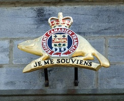 The badge of the Royal 22nd Regiment above the entry to the Citadelle of Quebec
