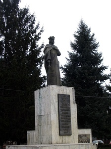 The statue of Roman I of Moldavia
