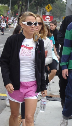 Crow at the Revlon Run Walk 2007