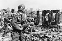 German soldiers clearing the streets in Stalingrad