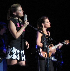 Maines, left, and Robison, right, at the Royal Albert Hall, 2003
