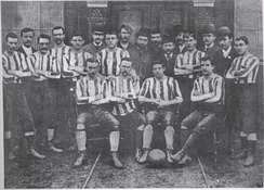 A team photo from the early days of the club, before the adoption of the hooped jerseys.