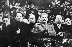 Mao Zedong (left), dictator of China from 1949 to 1976;  Joseph Stalin (middle), dictator of the Soviet Union from 1929 to 1953 and Walter Ulbricht (right), dictator of East Germany from 1950 to 1971.