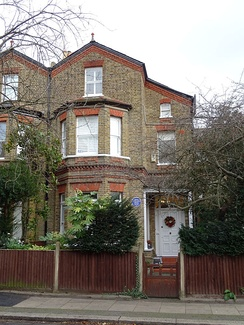 Margaret Rutherford's early home, her aunt Bessie's house in Wimbledon, 1895–1920