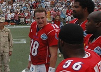 Quarterback Peyton Manning (#18) before the 2006 Pro Bowl.