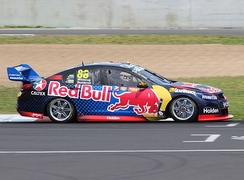 VF Commodore V8 Supercar, driven by Jamie Whincup during the 2016 Supercheap Auto Bathurst 1000