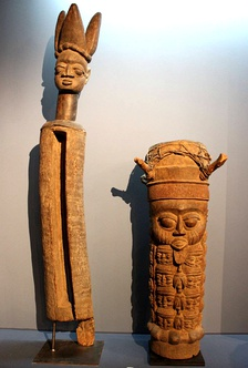 A Yoruba slit drum (on the left) together with a traditional membrane drum (on the right)
