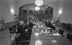 The negotiations on November 23 were so productive that they extended into the early hours of November 24.