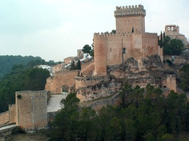 Castle of Alarcón, Cuenca. As agreed in the Treaty of Elche, Ferdinand IV confirmed the possession of the town of Alarcón to Juan Manuel of Villena in exchange for his resignation to the possession of Elche.